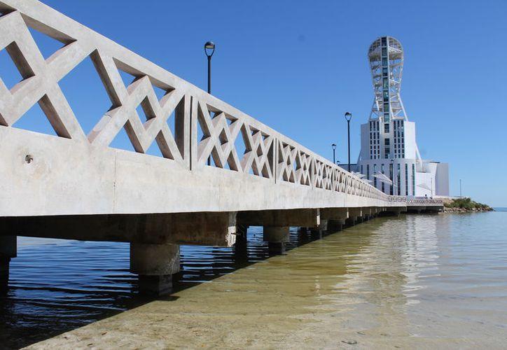 La escultura fue planeada como una atracción turística y cultura para Quintana Roo, diseñada por el artistas Enrique Carvajal 'Sebastián'. (Joel Zamora/SIPSE)