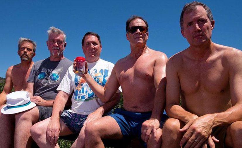 Estos cinco amigos regresan cada cinco años al Norte de California para tomarse una foto juntos. (TN.com)