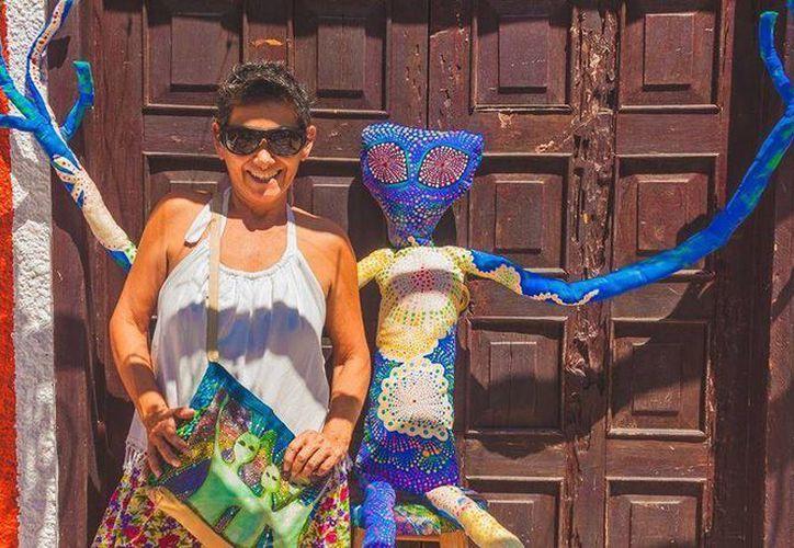 """Con la expo """"Latidos"""", Cecilia Alonso juega con el color y hace del puntillismo una pirotecnia en la que estallan los sentidos. (Redacción/SIPSE)"""