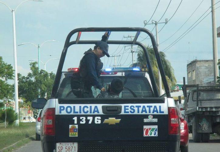 El sujeto fue detenido por la Policía Estatal Preventiva, luego de golpear a una mujer. (Redacción/SIPSE)
