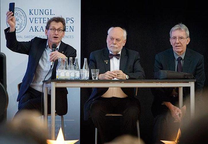 """El científico francés Jean-Pierre Sauvage, el británico Fraser Stoddart y el holandés Bernard """"Ben"""" Feringa, ganadores del premio Nobel de Química. (Fotos tomadas de excelsior.com)"""