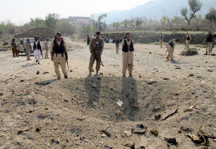 Tras los bombazos en la aldea de Lashora, Jamrud, en la provincia de Khyber Pakhtunkhwa, comenzó un tiroteo que parecía interminable. (Agencias)