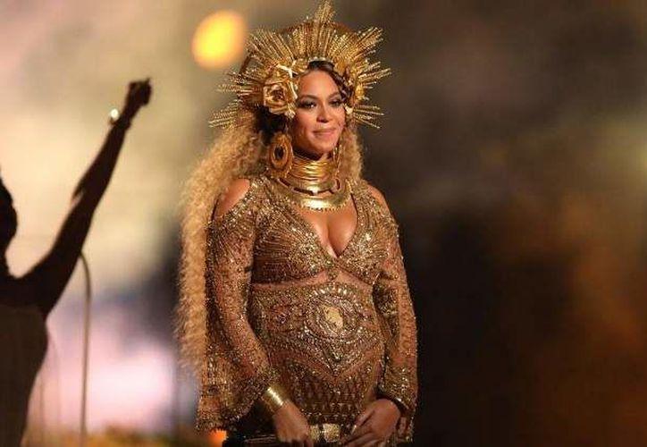 Beyoncé y Jay Z ya eran padres de una niña llamada Blue Ivy.  (Getty)