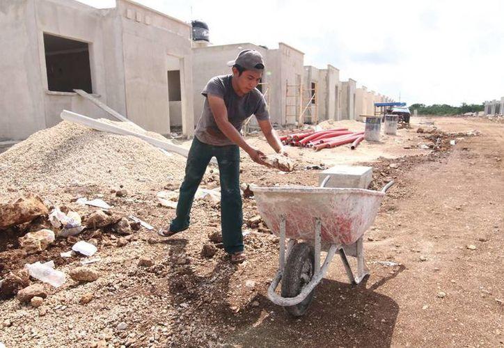 La STPS señaló que la mayoría de las víctimas yucatecas eran albañiles y electricistas, cuya labor que desempeñan es considerada de alto riesgo. (Archivo SIPSE)