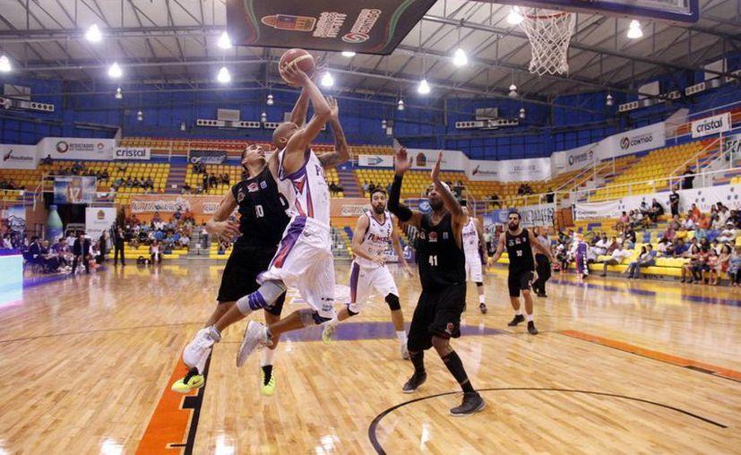Pioneros de Quintana Roo ya tiene fecha para iniciar la defensa de su cetro en la Liga Nacional de Baloncesto Profesional. (Ángel Mazariego/SIPSE)