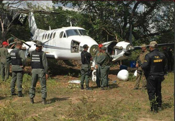 En el procedimiento fueron detenidos tres pilotos de nacionalidad mexicana. (Foto: Excélsior)