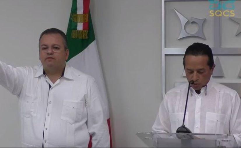 Esta tarde, el gobernador de Quintana Roo, Carlos Joaquín González nombró a Jesús Alberto Capella Ibarra como nuevo titular de la Secretaría de Seguridad Pública del Estado. (Facebook)