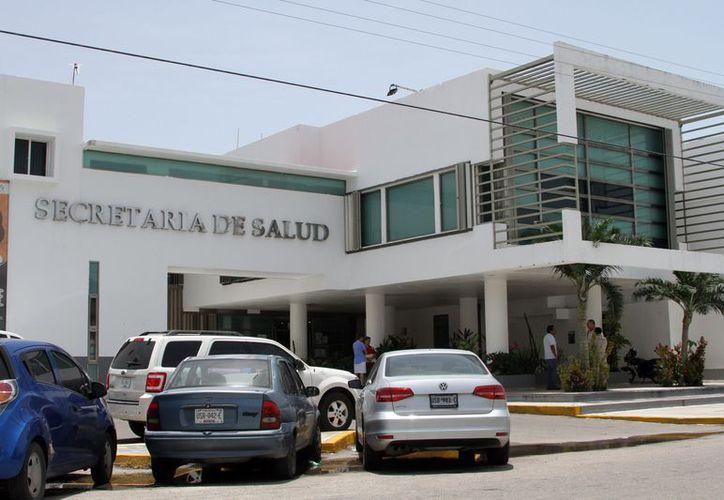 La Secretaría de Salud hace un llamado a la población para el uso de barreras físicas, a fin de evitar piquetes. (Joel Zamora/SIPSE)