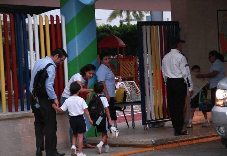 Autoridades yucatecas buscan reducir aún más el calendario escolar a partir del ciclo 2016-2017. (Jorge Acosta/Milenio Novedades)
