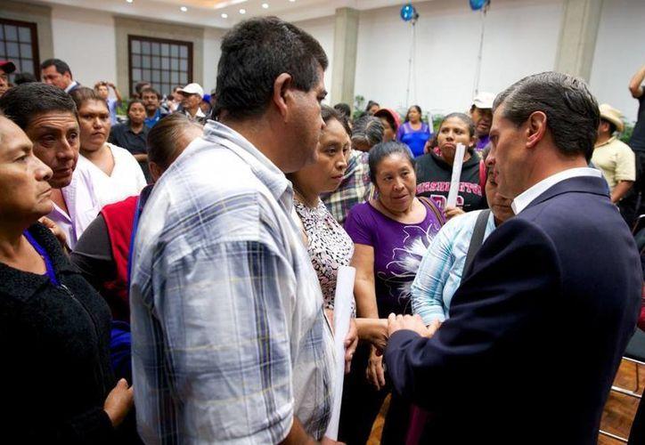 El vocero de la Presidencia de la República, Eduardo Sánchez, habló, en conferencia de prensa, de los pormenores de la reunión con padres de los estudiantes desaparecidos de Ayotzinapa, a la que corresponde la imagen. (presidencia.gob.mx)