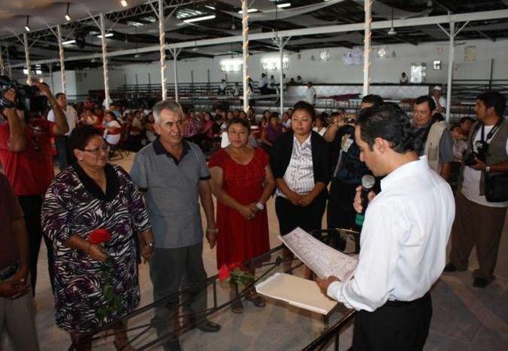 El año pasado unieron sus vidas 150 parejas en el municipio de Benito Juárez. (Archivo/SIPSE)