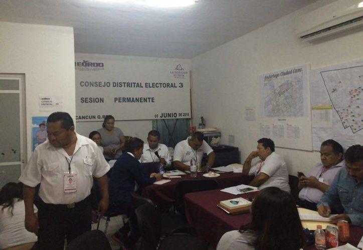 El Consejo Distrital Tres espera la llegada de las boletas electorales. (Teresa Pérez/SIPSE)