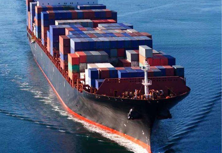 Según el Departamento de Transporte de EU, el movimiento de embarques vía marítima entre México y ese país avanzó en noviembre de 2016 un 20.6 por ciento. (Archivo/Agencias)