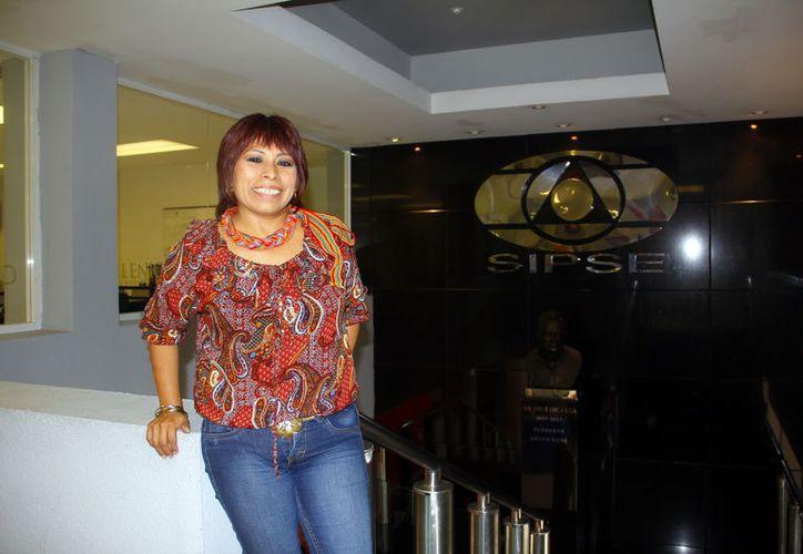 La escritora yucateca Sol Ceh Moo viajará a Filipinas en el mes de septiembre. (Milenio Novedades)