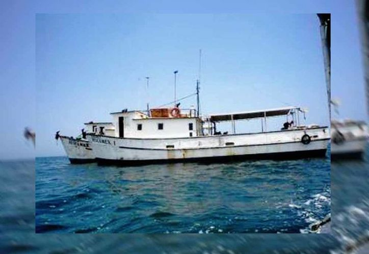 """De acuerdo a la Capitanía de Puerto no tiene caso tratar de recuperar al """"Cuauhtémoc X"""" del fondo del mar porque está despedazándose. (SIPSE)"""