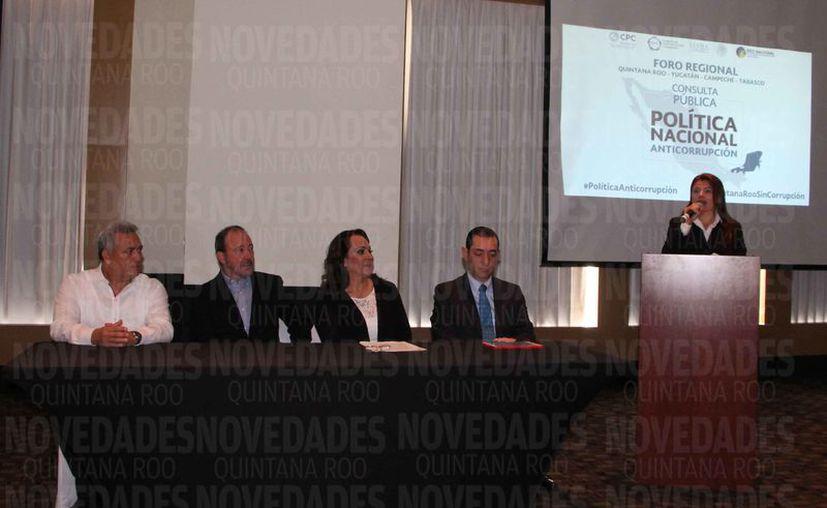 Se presentaron los resultados de la Consulta Pública de la Política Nacional Anticorrupción, en Cancún. (Paola Chiomante/SIPSE)