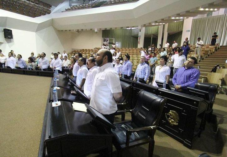 Los diputados yucatecos aprobaron ayer dos minutas que envió la Cámara de Senadores. (SIPSE)