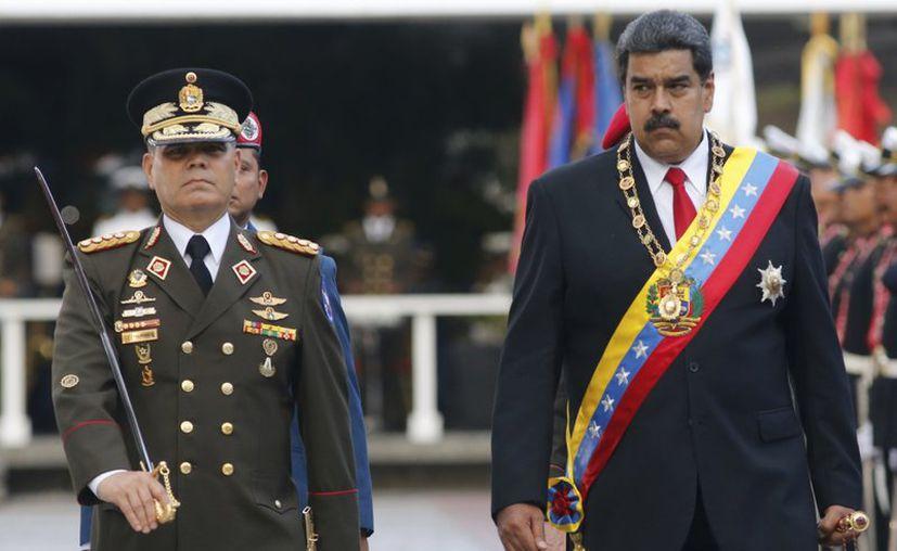 El general Cliver Alcalá, acusado de operar junto con Maduro una conjura narcoterrorista, fue detenido en Colombia y trasladado a EEUU por la DEA  para ser juzgado. (Foto: Archivo AP).