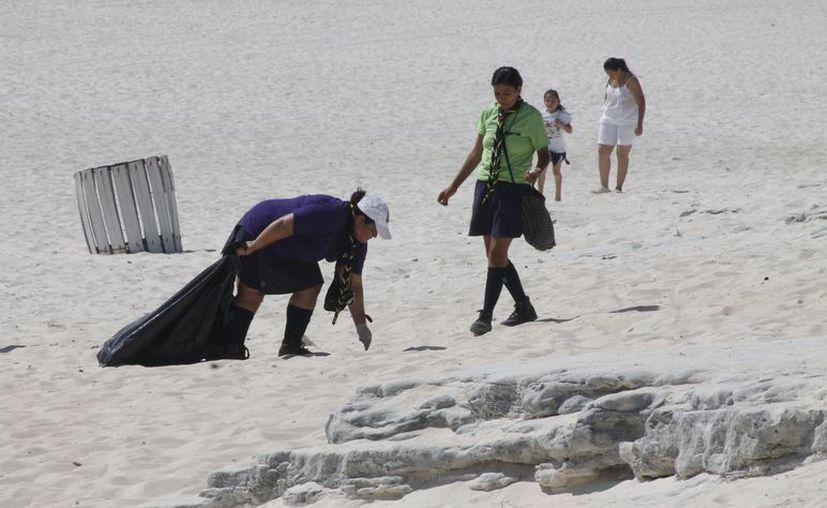 Entre las acciones a realizar destacan labores de reforestación, limpieza de playas, entre otras. (Israel Leal/SIPSE)