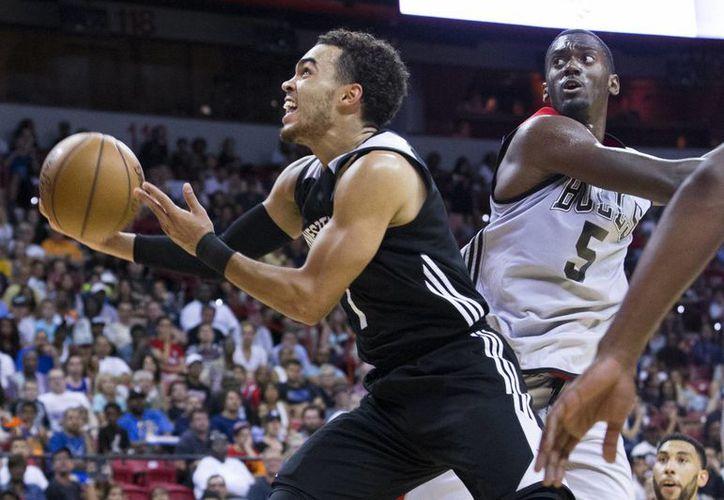 Suns de Phoenix, equipo de la NBA, jugará dos partidos de temporada regular en enero en México. (AP/Foto de contexto)