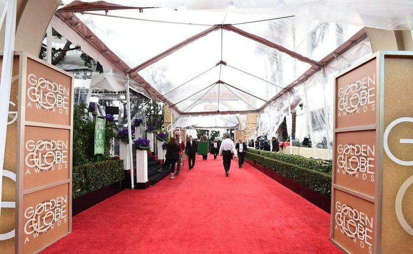 Todo se encuentra listo para recibir a las grandes estrellas de Hollywood en la alfombra roja. (AP)