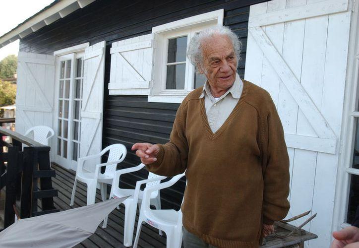El autor falleció durante la madrugada del martes en su casa, en Las Cruces, Santiago. (Foto: Radio Concierto)