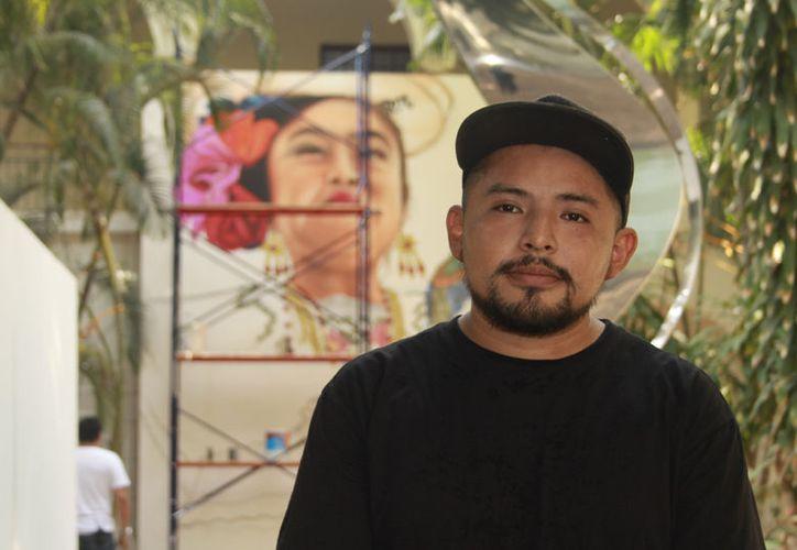 Arnold Daniel Cruz Cetina 'Datoer' presentará tres murales en el Macay. (Milenio Novedades)