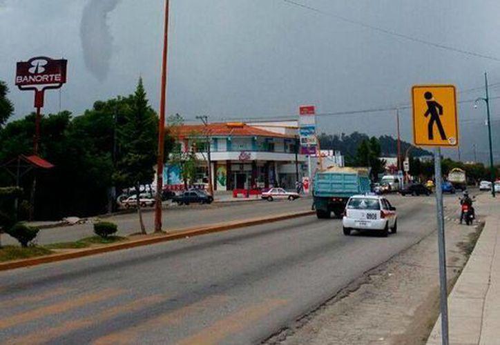 La tromba o 'la culebra' dejó daños aún no cuantificados totalmente, en San Cristóbal de las Casas. (chiapas.gob.mx)