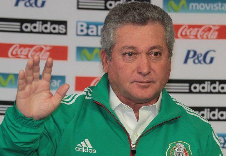 Vucetich tomó hace apenas unos días el mando de la Selección Mexicana que está a punto de quedar eliminada. (Archivo)