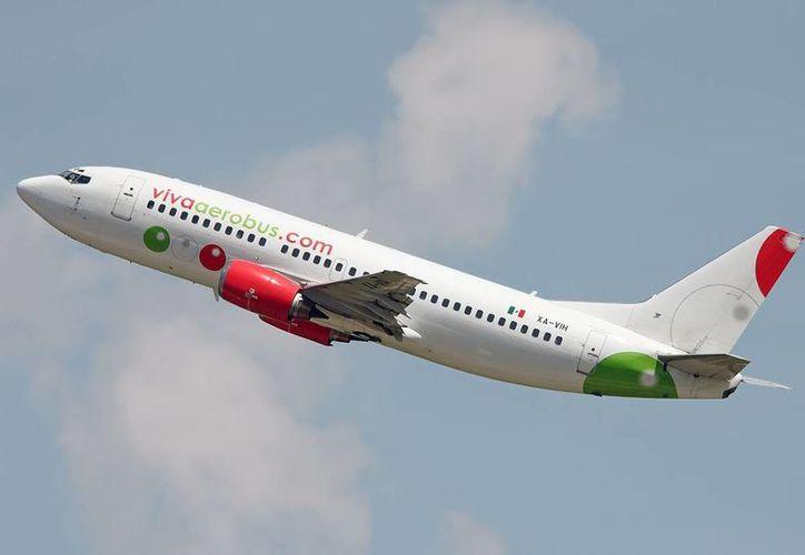 VivaAerobus apuesta por el transporte de pasajeros en territorio nacional, donde ve mucho potencial. (VivaAerobus)