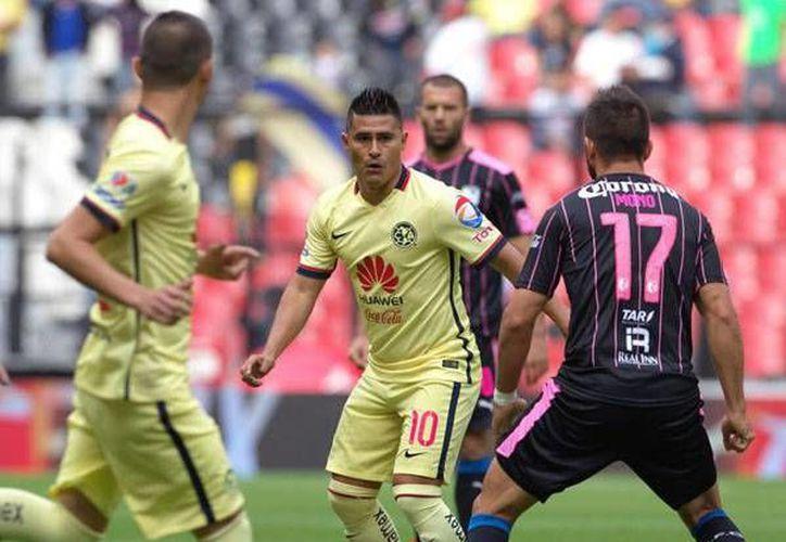 Este sábado, el duelo entre Querétaro y América será transmitido por la nueva televisora de señal abierta, con la narración de Javier Alarcón y compañía. (Notimex)