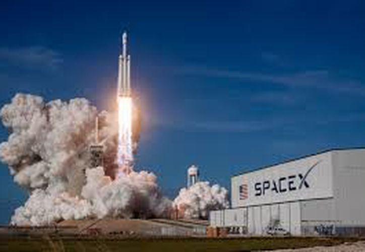 SpaceX logró demostrar sus habilidades y recursos en la carrera espacial (Foto: Ángeles Time)