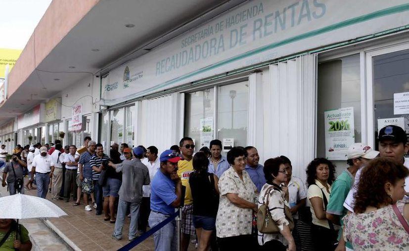 A partir del 1 de abril, el trámite de cambio de la tarjeta de circulación y el canje de placas costará 941 pesos. (Redacción/SIPSE)