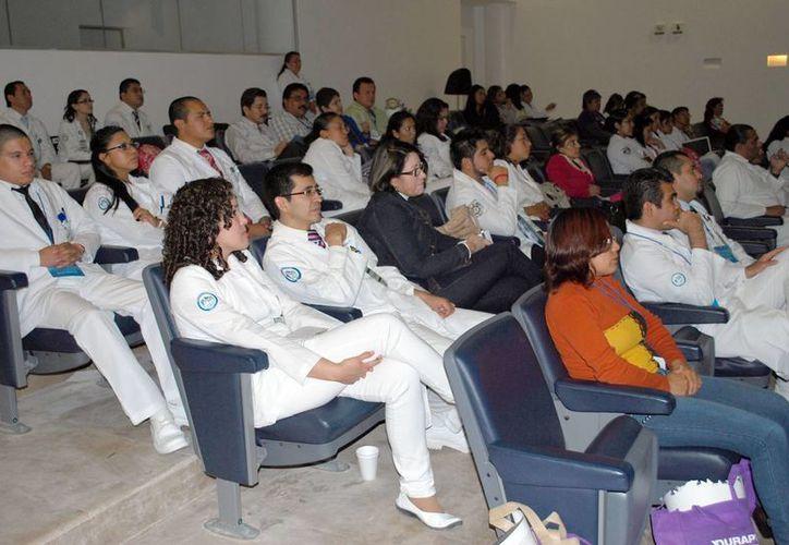 Quintana Roo se ha posicionado como un destino para brindar capacitación a empleados, socios, inversionistas y demás. (Tomás Álvarez/SIPSE)