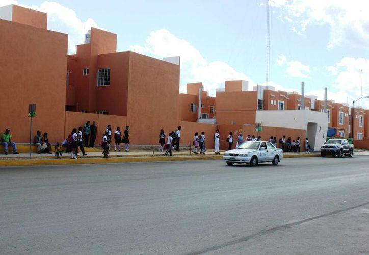 En el fraccionamiento de Villas del Sol hay cuatro consultorios privados para los 50 mil habitantes que hay en la zona. (Daniel Pacheco/SIPSE)