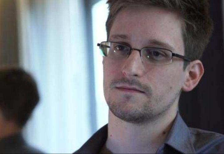 Snowden colocó en su curriculum el certificado que había obtenido. (Archivo/AP)