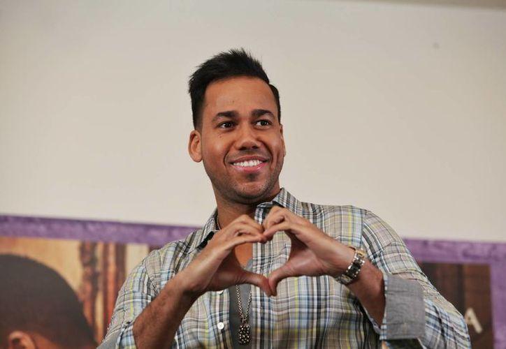 Romeo Santos (foto) es junto con Prince Royce uno de los artistas más nominados a los Premios Billboard latinos. (EFE)