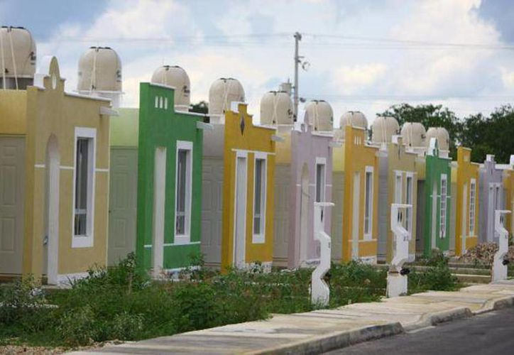 Aseguran que sismos e incrementos de materia prima no afectarán al sector de vivienda. (Milenio Novedades)