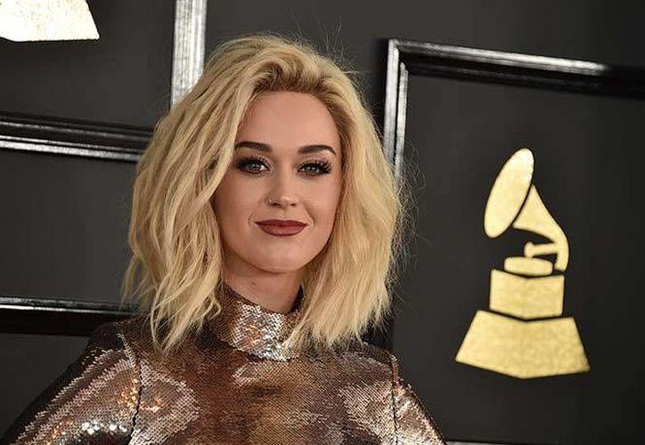 Durante la entrega de los Premios Grammy, la cantante Katy Perry presentó su nuevo sencillo llamado 'Chained to the Rhythm'. (Foto tomada de Instagram/Katy Perry)