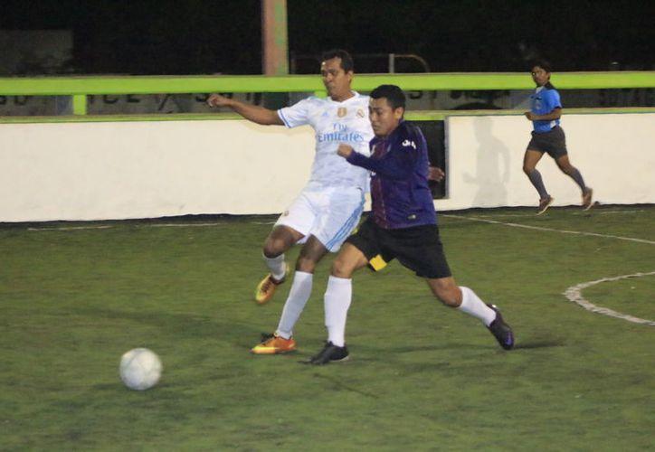 Vindex y Deportivo IMSS arribaron a este compromiso con la necesidad de puntos, pues se encuentran en la parte baja de la tabla. (Miguel Maldonado/SIPSE)
