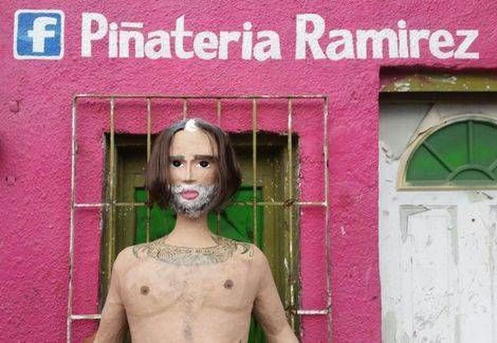 La piñata se encuentra a la venta en una famosa piñatería ubicada en Reynosa, Tamaulipas. (Foto tomada de Facebook/Piñateria Ramírez)