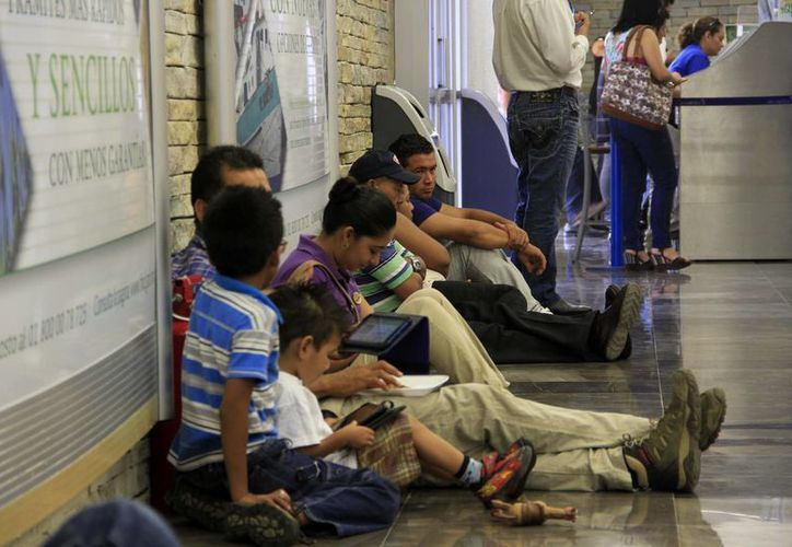 El vuelo, procedente de la Ciudad de México, arribó a Chetumal con 40 minutos de retraso. (Harold Alcocer/SIPSE)