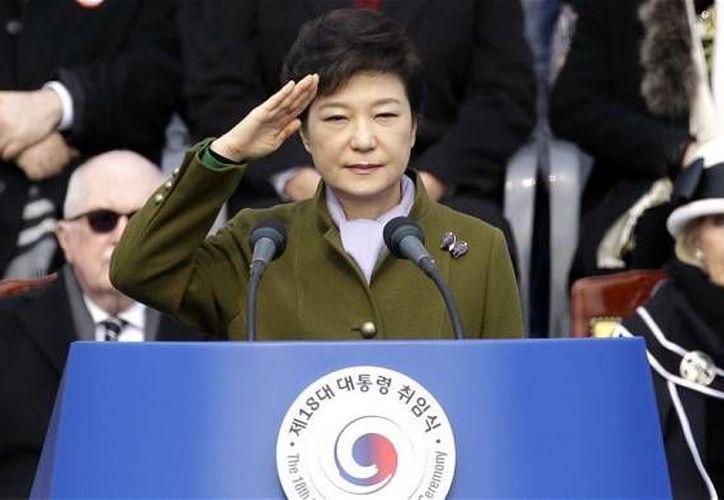Park Geun-hye llegó al poder a principio de año, mientras Corea del Norte realizaba su tercer test nuclear. (Archivo/AP)