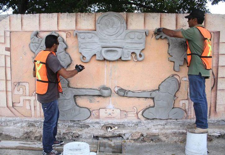 El mural en 3D representará a los antiguos mayas que reciben  la lluvia que viene a favorecer la tierra y la vida. (Sergio Orozco/SIPSE)