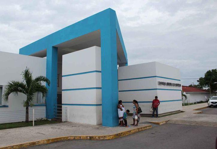 Cuatro quirófanos están en rehabilitación debido a las malas condiciones.(Alejandra Carrión/SIPSE)