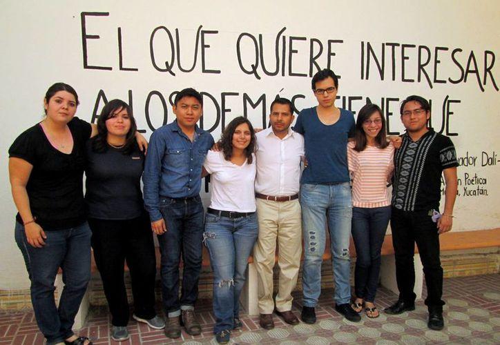 """Integrantes de la asociación """"Nómada Arte y Cultura"""". (Milenio Novedades)"""