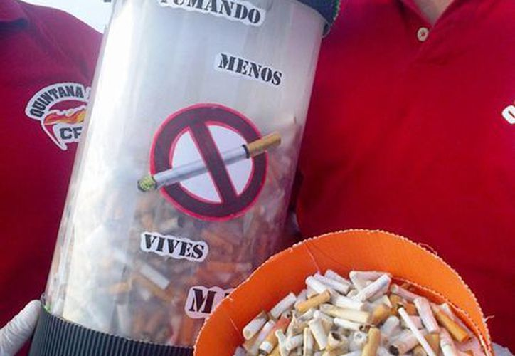 El recorrido de limpieza organizado por la CROC, estuvo enfocada a levantar colillas de cigarro. (Daniel Pacheco/SIPSE)