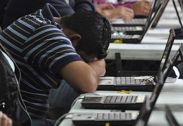 El cyberbullying es una de las 'nuevas' modalidades del maltrato escolar. (imagen de contexto/excelsior.com.mx)