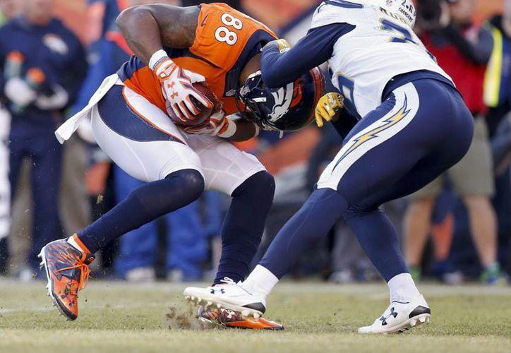 Los Broncos de Denver derrotaron 27-20 a los Cargadores de San Diego y se quedaron con el primer lugar de la Conferencia Americana, esto en la última semana de la temporada regular de la NFL. (Archivo AP)