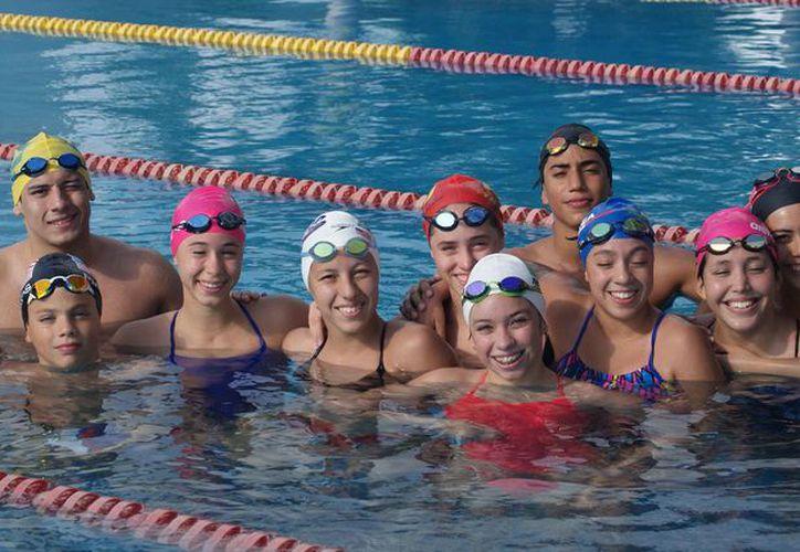La delegación de natación está lista para poner en alto el nombre de Quintana Roo. (Ángel Villegas/SIPSE)